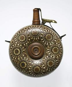 An image of Powder flask