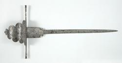 An image of Left-hand dagger