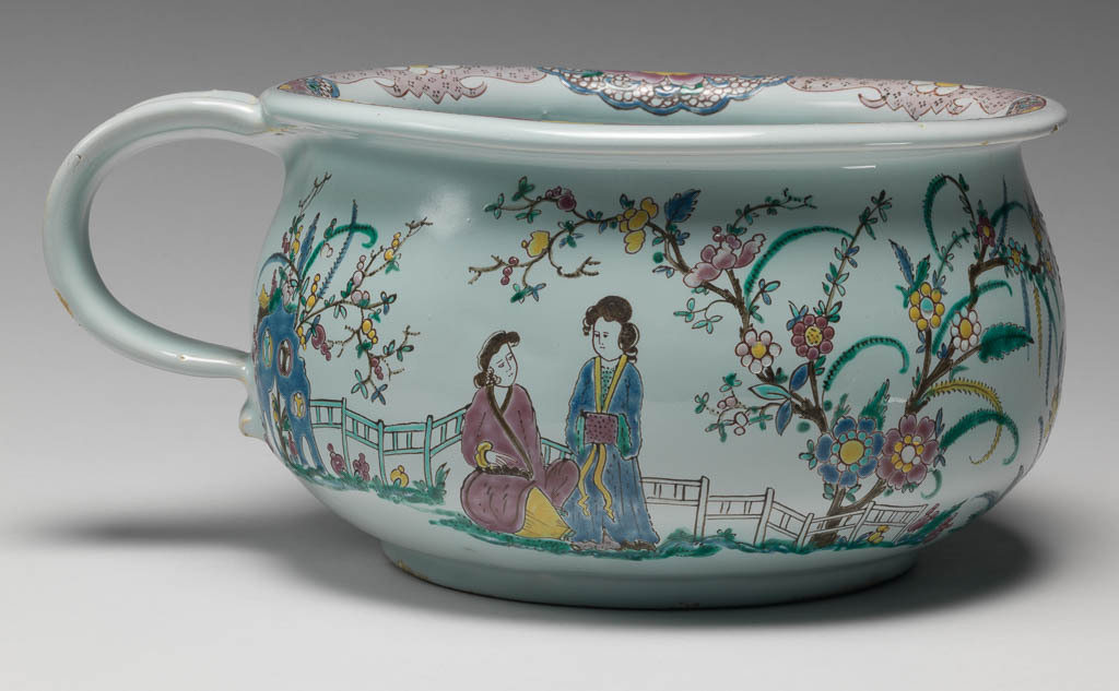 An image of Chamber pot