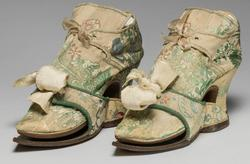 An image of Shoes and pattens